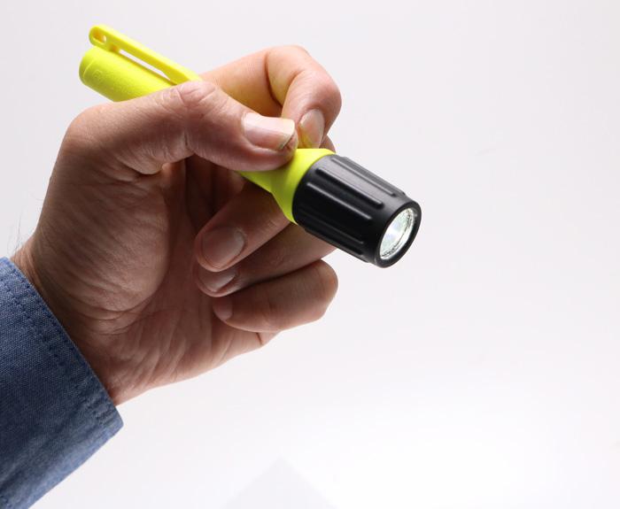 STREAMLIGHT ストリームライト 2AAAプロポリマーHazLo IEC防爆 LEDポケットライト 単四電池2本使用